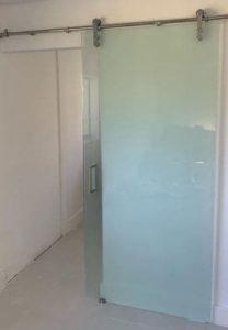 puerta vidrio esmerilado