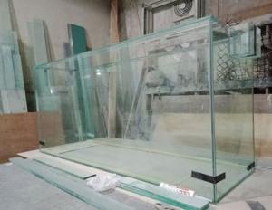 modelos de urnas con cristales en San Isidro