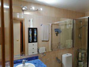 espejo de baño con marco