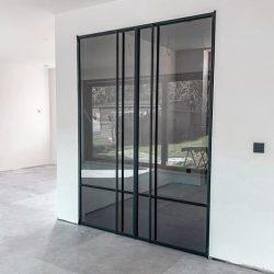puerta cristal ahumado