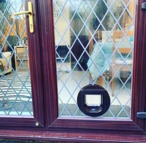 instalar gatera puerta cristal climalit