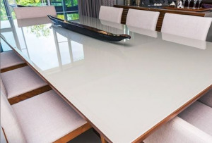 cristal mate mesa